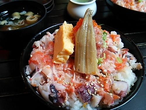 20160914 まかない海鮮丼.JPG