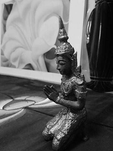 20161013 タイ国王死去.JPG