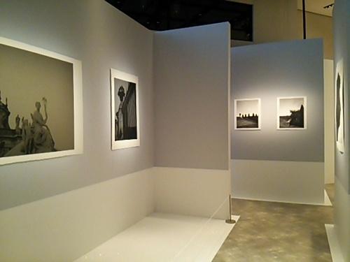 20170226 カール・ラガーフェルド写真展2.JPG
