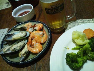 20130213 夕食シーフードバッフェ3.JPG