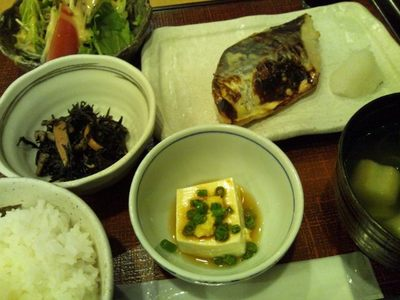 20130923 鰆西京焼き定食.JPG