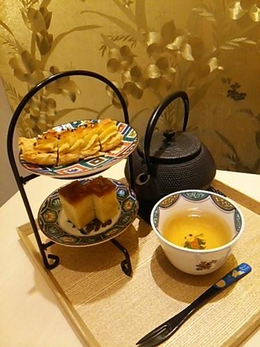 20160919 加賀棒茶&お菓子.JPG
