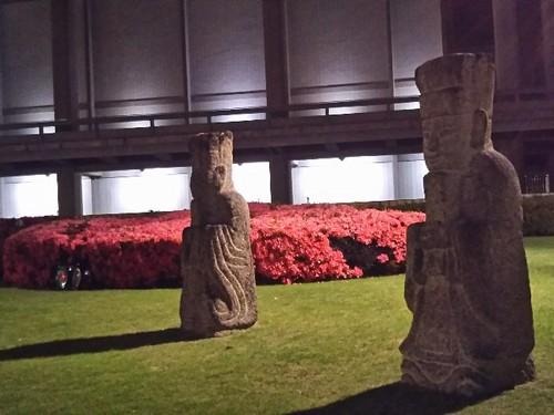20190531 東博東洋館前庭.jpg